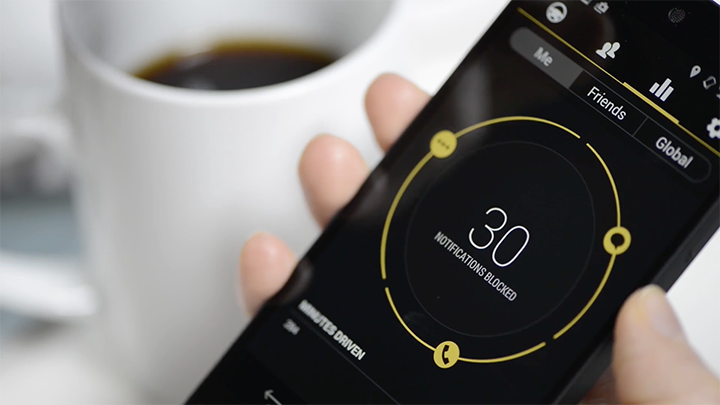 One Tap keeps all sorts of driving data to catch up to when you stop for a coffee