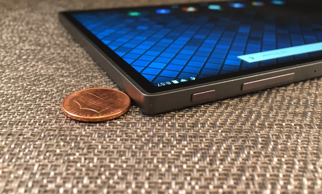 The Dell Venue 8 7000 is the tinnest 8-inch tablet today with Intel features that allow for change of focus after a photo is taken