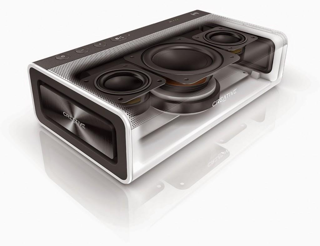 Incredible Sound Blaster Roar inside view of Bluetooth do-it-all speaker